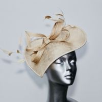 Geometric Mother of the Bride hat in beige 15582/SD274